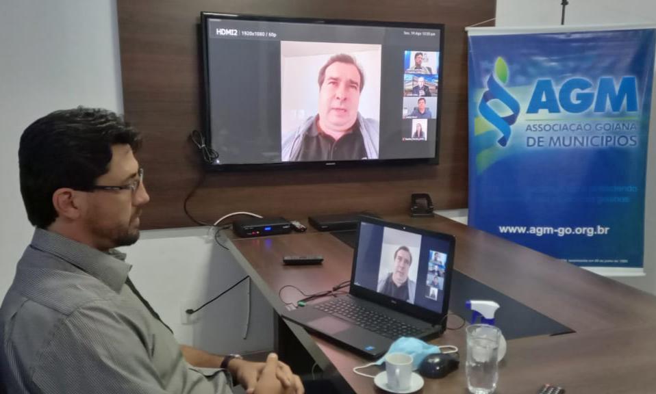 Prefeitos goianos pedem a Rodrigo Maia espaço na discussão da Reforma Tributária