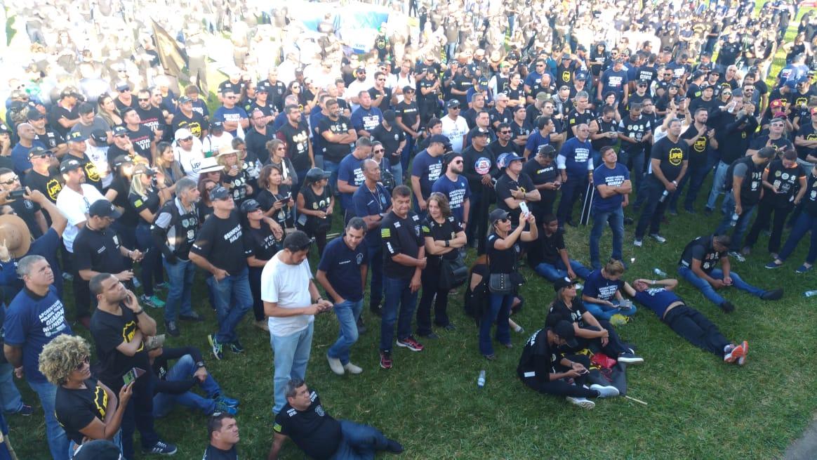 Reforma da previdência: policiais civis de Goiás protestam em Brasília