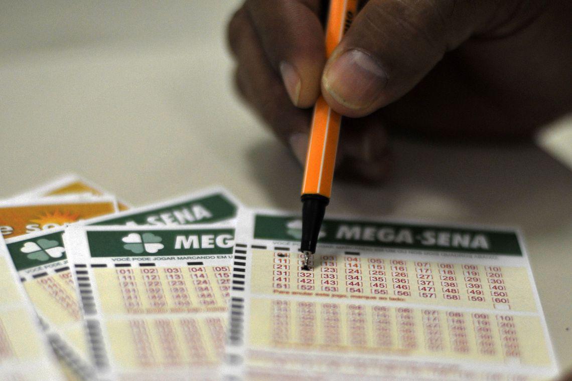 Mega-Sena acumula e pr�ximo sorteio pagar� R$ 10 milh�es