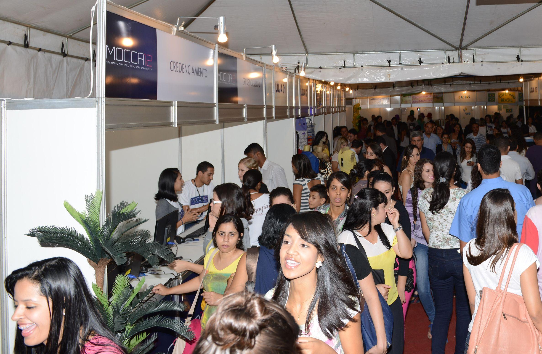 Movimento Científico e Cultural da Unifan agita Aparecida de Goiânia