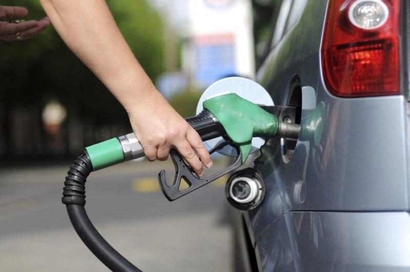 Petrobras reduz preço da gasolina e do diesel