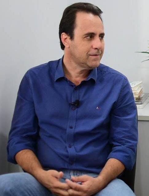 Vice-prefeito de Aparecida de Goi�nia est� de sa�da do MDB