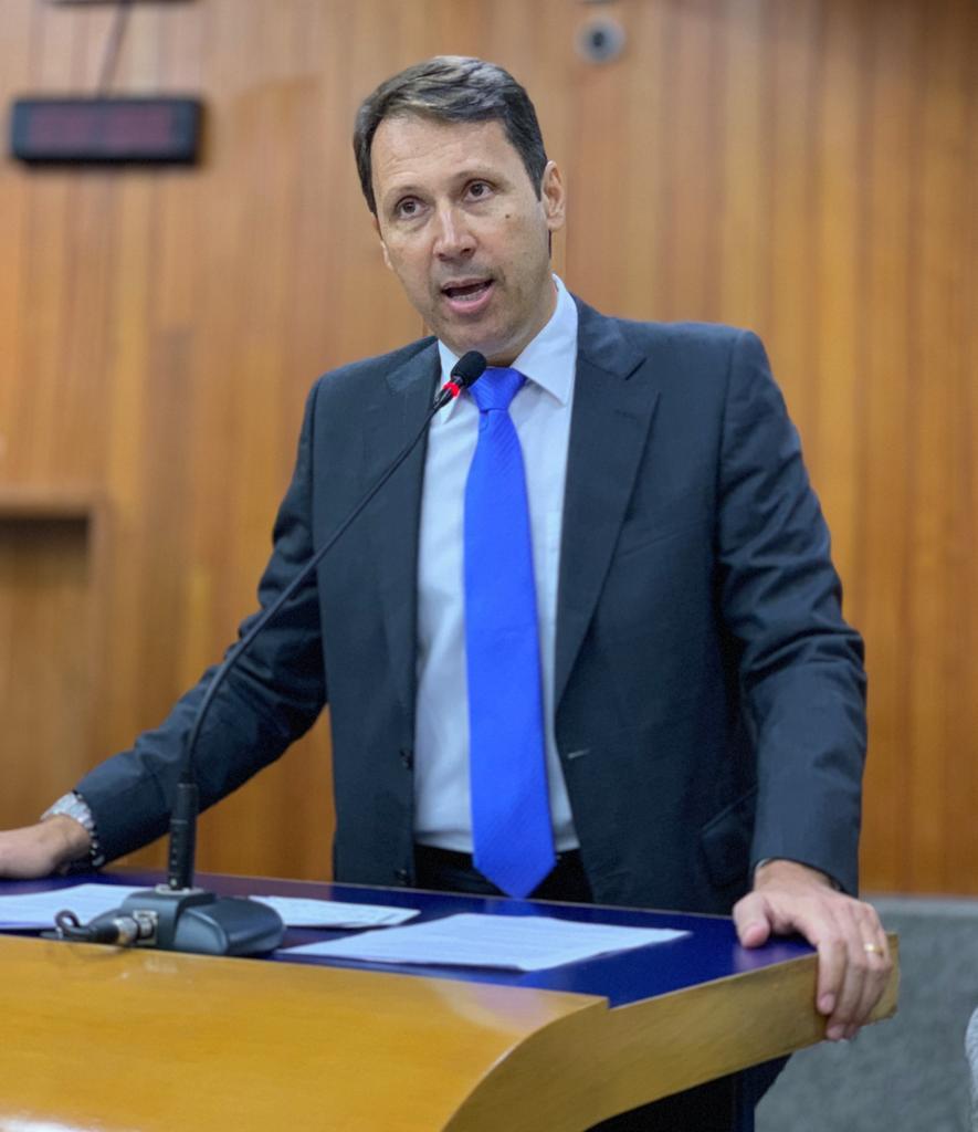 Agora � lei: prefeito sanciona projeto que institui pol�ticas p�blicas para mulheres v�timas de viol�ncia