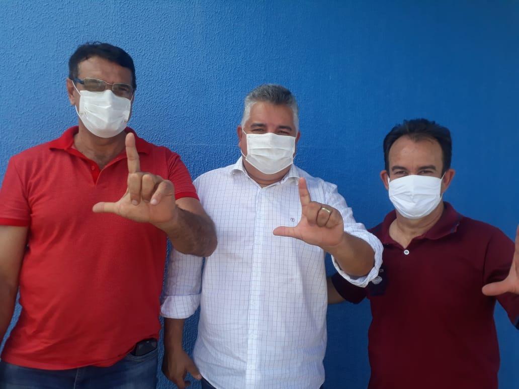 Luiz�o confirma sua pr�-candidatura a prefeito de Aragoi�nia