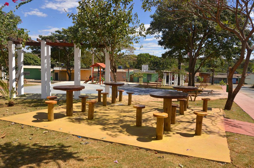 Moradores de Aparecida de Goiânia ganham mais dois novos espaços para lazer e convivência