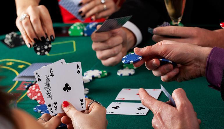 Torneio de poker beneficente re�ne jogadores profissionais e amadores em Goi�nia