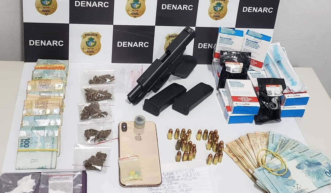 Dupla é presa em Goiânia com armas, drogas e anabolizantes