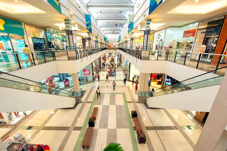 Bandidos assaltam loja no Buriti Shopping em Aparecida de Goi�nia