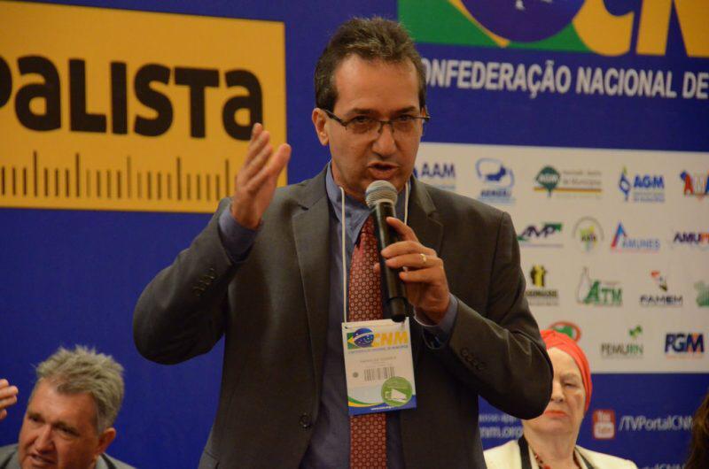 Prefeitos goianos v�o a Bras�lia pleitear pautas municipalistas