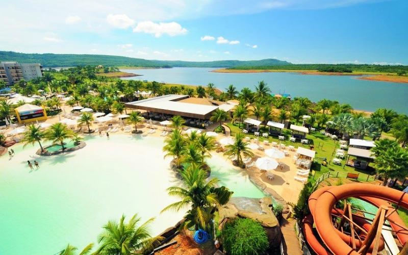 Com 90% do turismo parado, algumas cidades em Goi�s retomam atividades