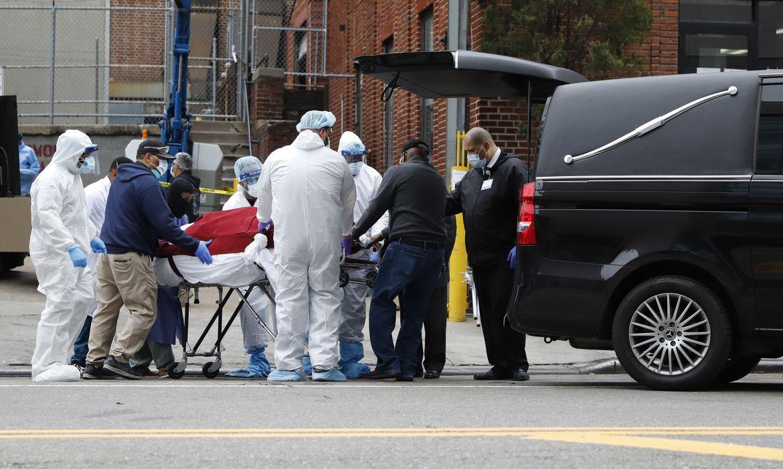 Estados Unidos t�m mais de 1.200 mortes em 24 horas