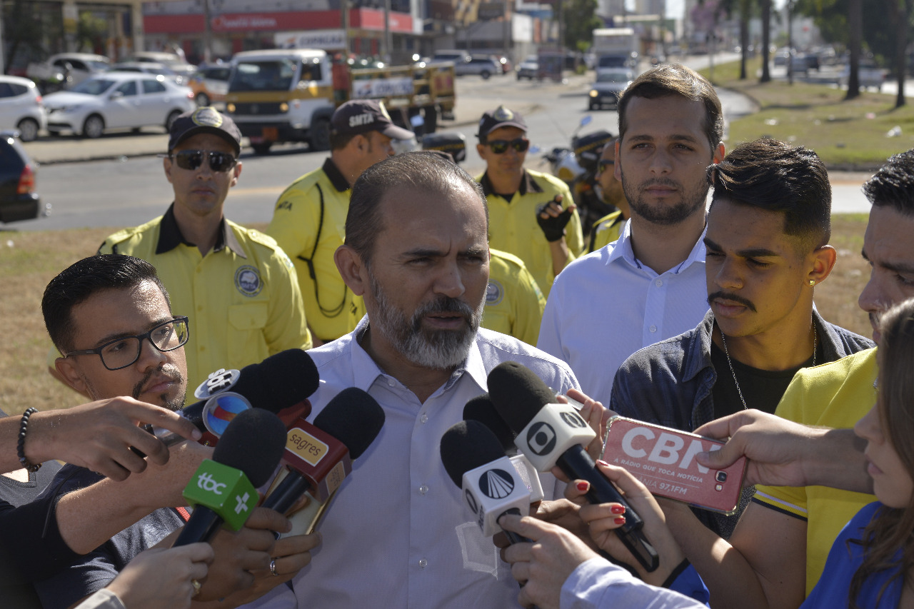 SMTA intensifica orienta��o e fiscaliza��o no tr�nsito de Aparecida de Goi�nia