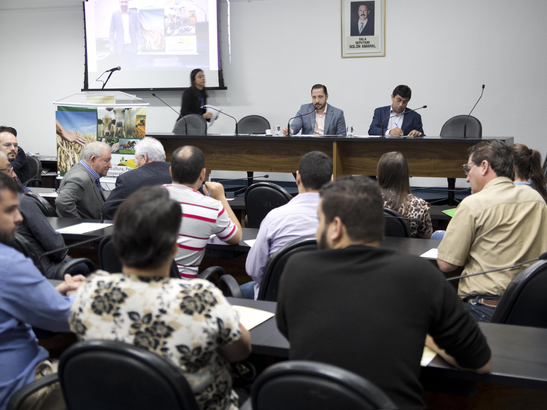 Projeto Emancipar ganha for�a com a aprova��o do Projeto de Lei da Pol�tica Nacional da Economia Solid�ria pela Comiss�o do Senado