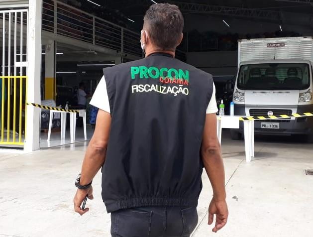 Procon Goiânia notifica estabelecimentos por abuso de preços