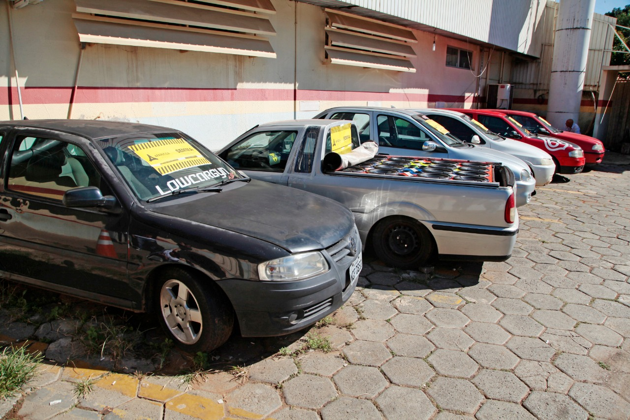 Semma apreende seis carros com som automotivo no final de semana, em Aparecida