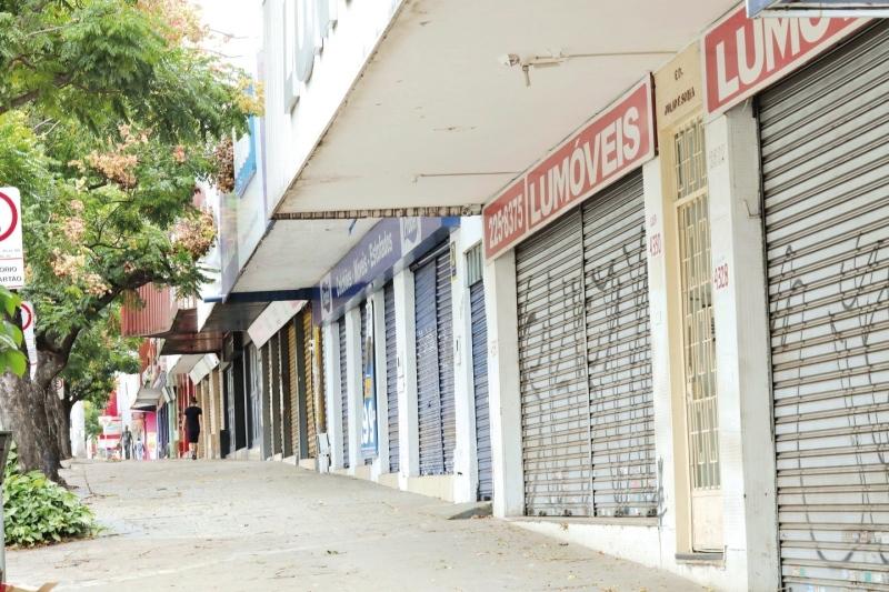 Caiado propõe fechamento da atividade econômica por 14 dias seguidos