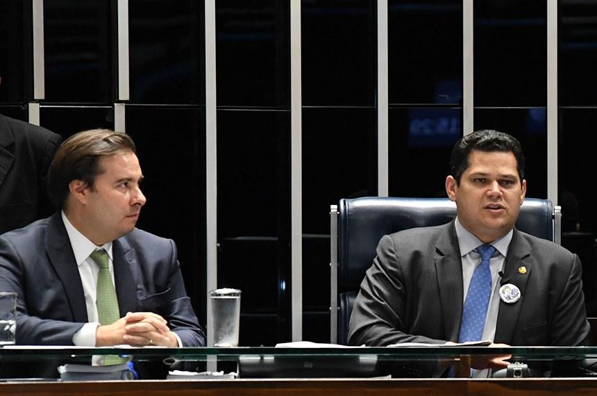 Oposi��o entra com novo pedido de impeachment contra Bolsonaro