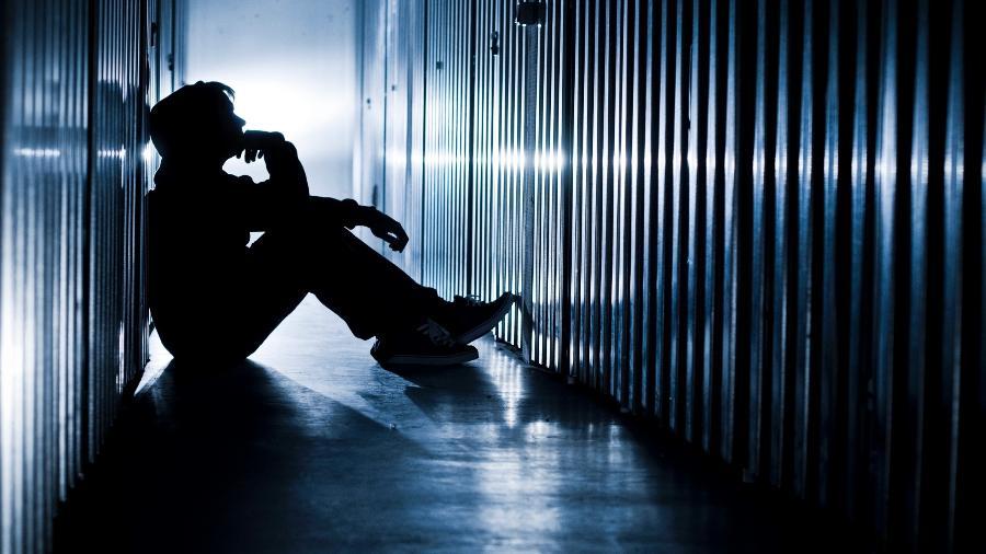 Pesquisa relaciona depress�o e suic�dio a falta de perspectiva econ�mica e desemprego