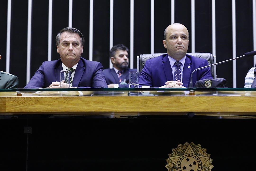 Major Vitor Hugo homenageia Comando de Opera��es   Especiais Do Ex�rcito em sess�o na C�mara