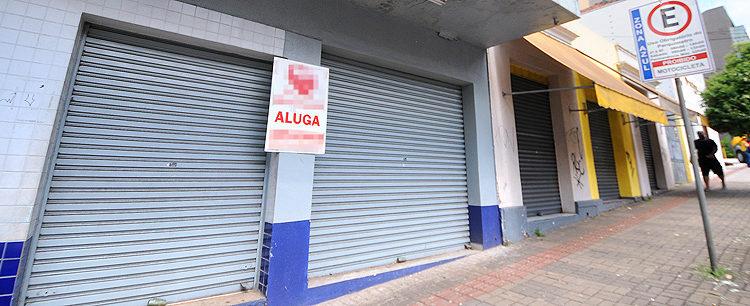 Três mil empresas podem baixar as portas em Goiás