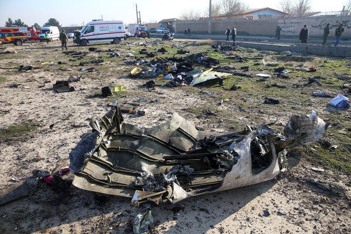 Ucr�nia n�o descarta ataque com m�ssil a avi�o que caiu em Teer�