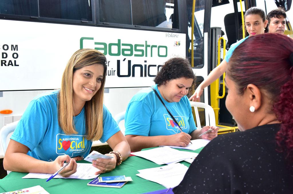 Assist�ncia Social Itinerante chega ao setor Ch�cara S�o Pedro e regi�o