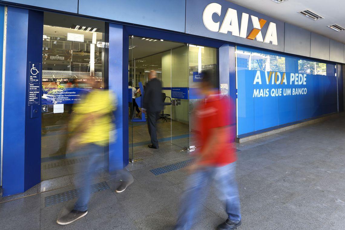 Caixa paga hoje até R$ 500 do FGTS para parte dos correntistas