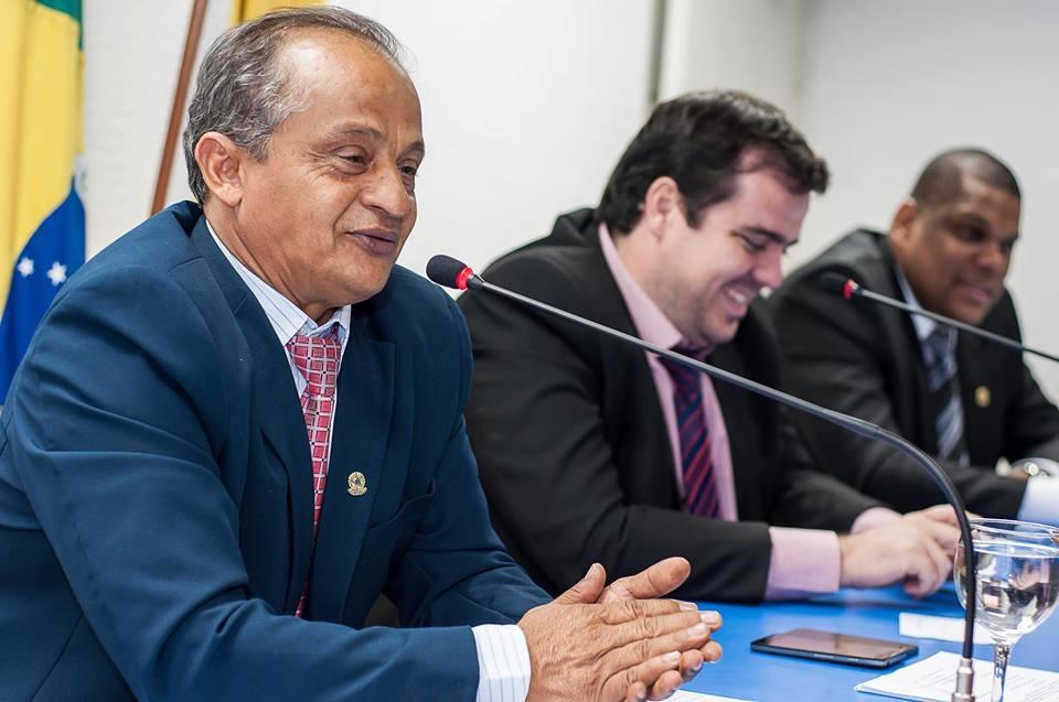 Novo l�der do prefeito, Almeidinha quer ser a ponte entre a C�mara e o Executivo