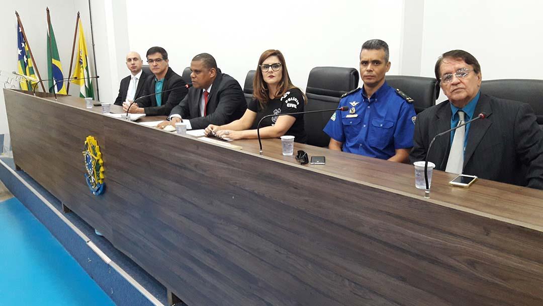 Vereador Pr. Cláudio Nascimento promove homenagem ao Dia do Policial Civil