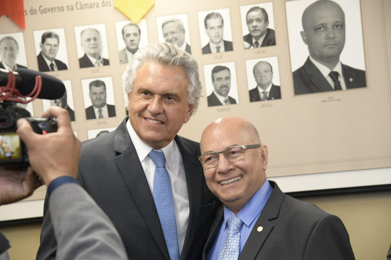 Professor Alcides apoia inclus�o de estados e munic�pios na reforma da Previd�ncia